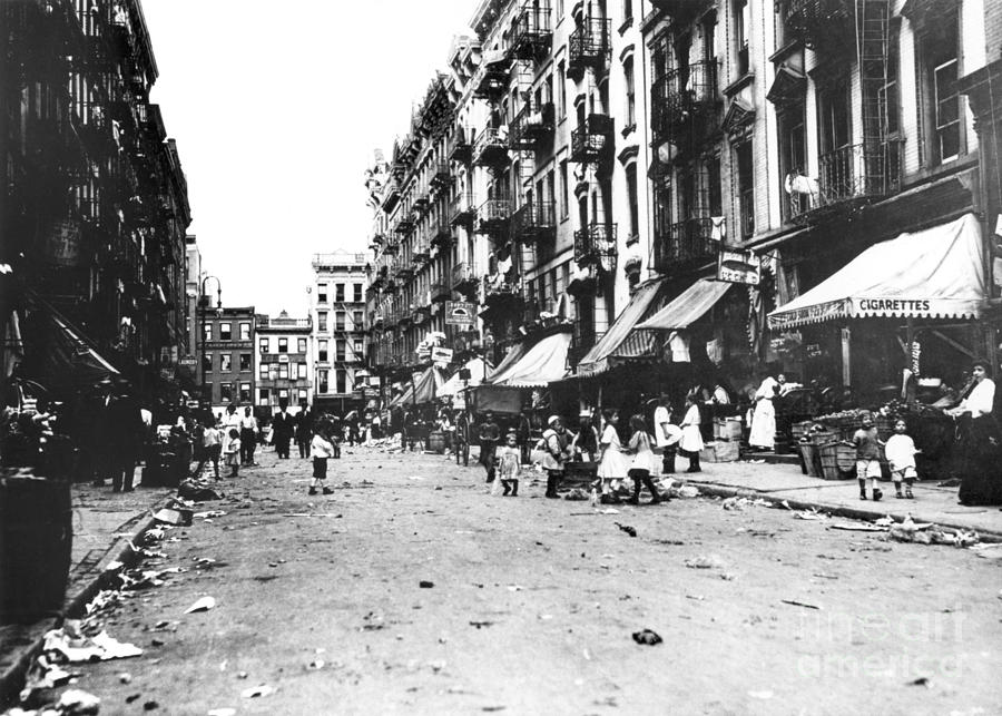 1910 Photograph - Nyc Lower East Side by Granger