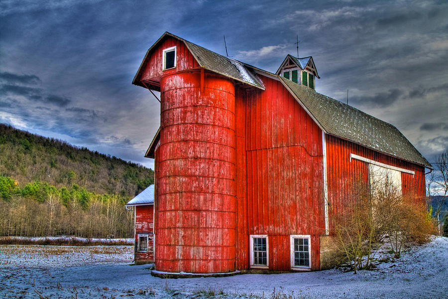 Barns Photograph - Old And Rugged by David Simons