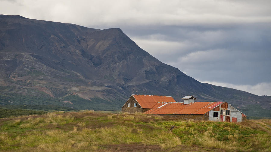 Old Barn In Beautiful Icelandic Landscape Photograph