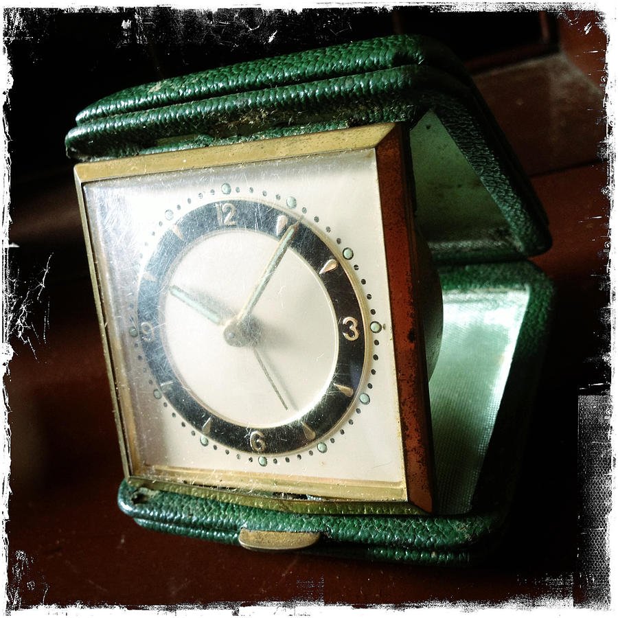 Grunge Photograph - Old Clock by Les Cunliffe