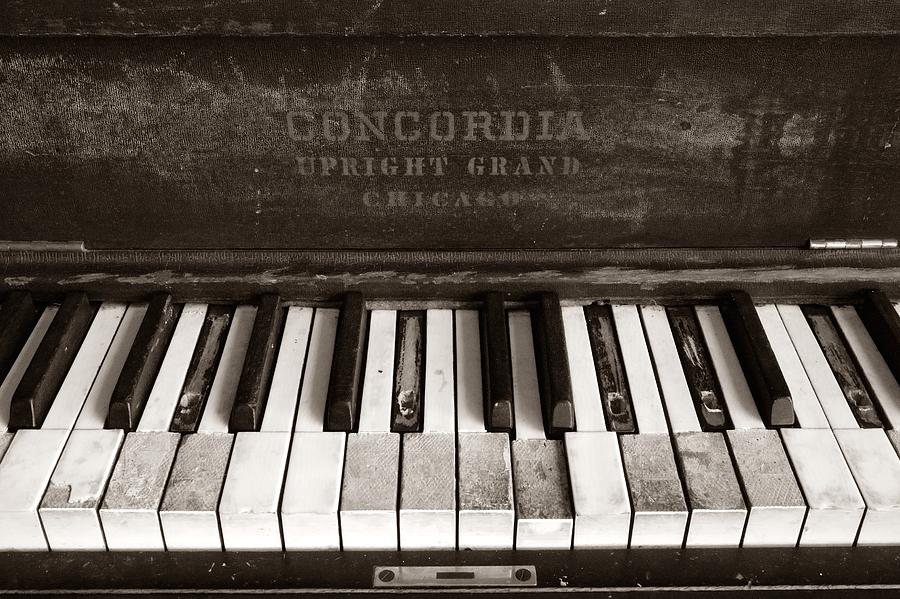 photo old piano - photo #7