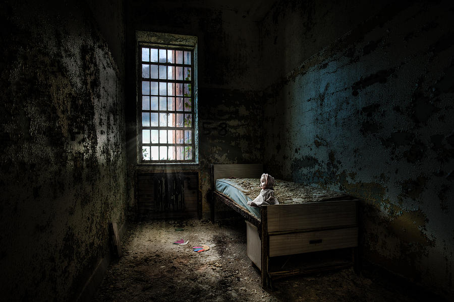 Old Room - Abandoned Places - Room With A Bed Photograph