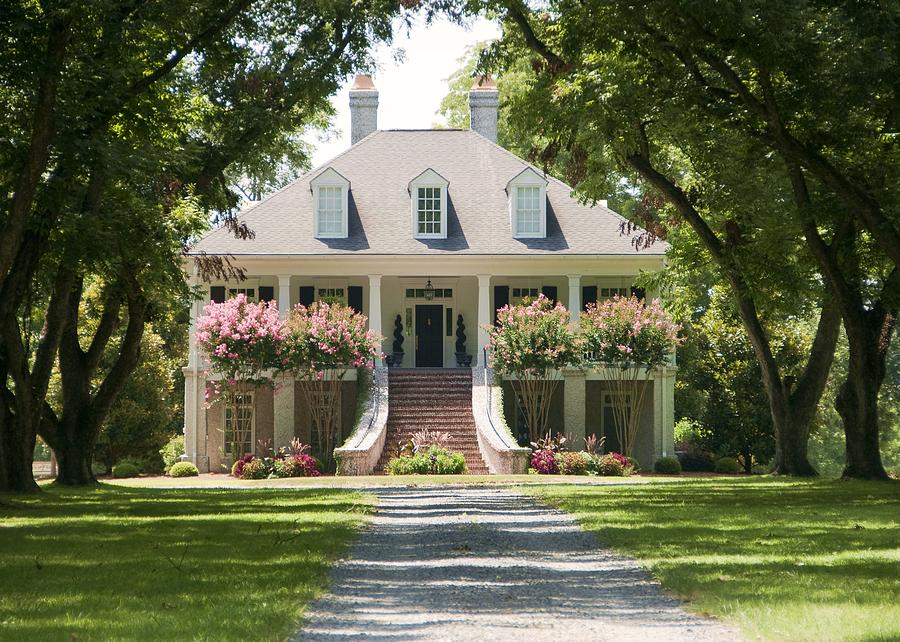 Old southern home photograph by danny jones for Plantation columns