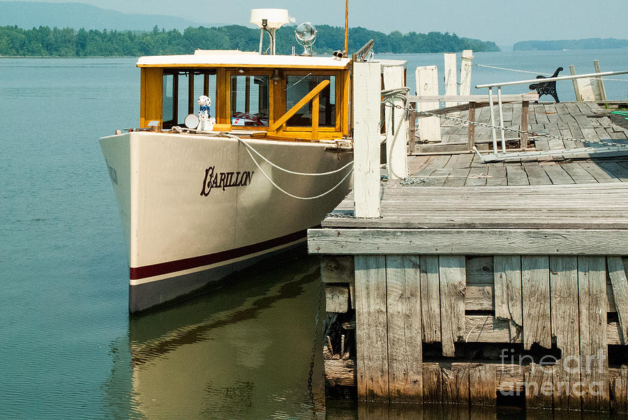 Old Time Tour Boat At Dock In Shoreham Vermont On Lake Champlain ...
