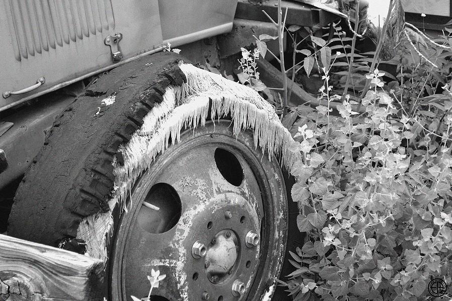 Old tire digital art by jorge estrada for Old tire art