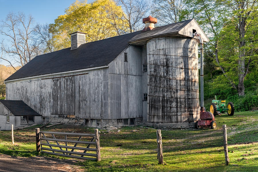 Barns Photograph - Oldie But Goodie by Bill Wakeley