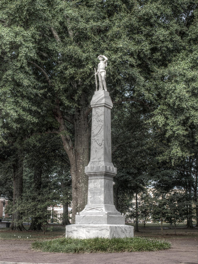 Ole Miss Confederate Statue Photograph
