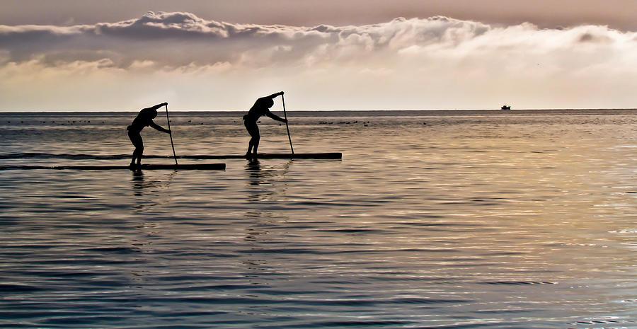 Paddle Surfing Photograph - Paddle Surfing by Eva Kondzialkiewicz