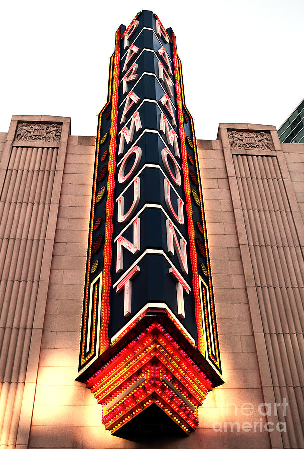 Pictures Photograph - Paramount by John Rizzuto