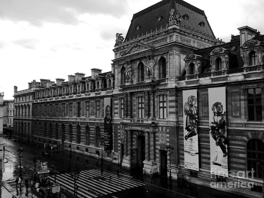 Paris black and white vintage louvre photography paris for Architecture a paris