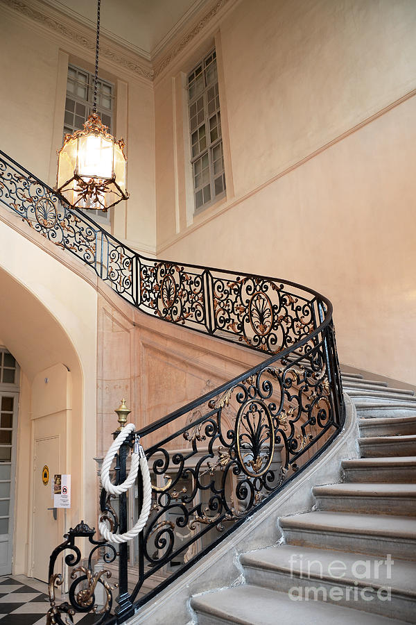 Foyer Museum Usa : Paris musee rodin museum grand staircase entryway