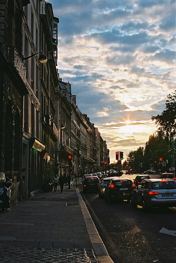 Paris Traffic Photograph