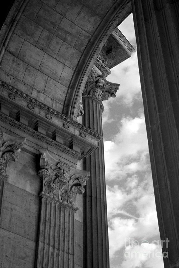 Partial Arch Photograph