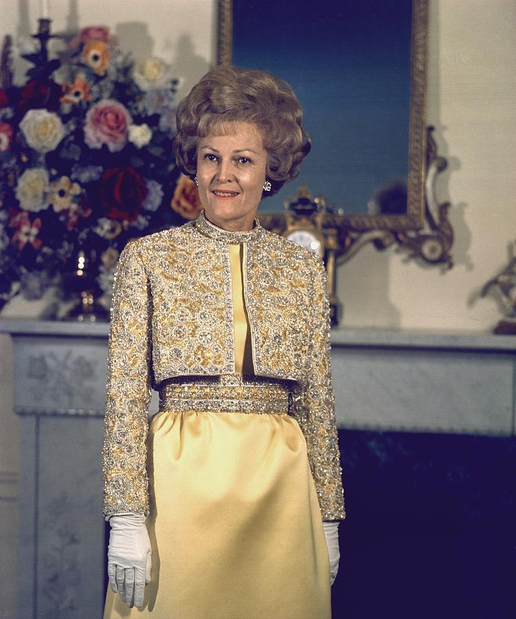 History Photograph - Patricia Nixon Models Her Harvey Berin by Everett