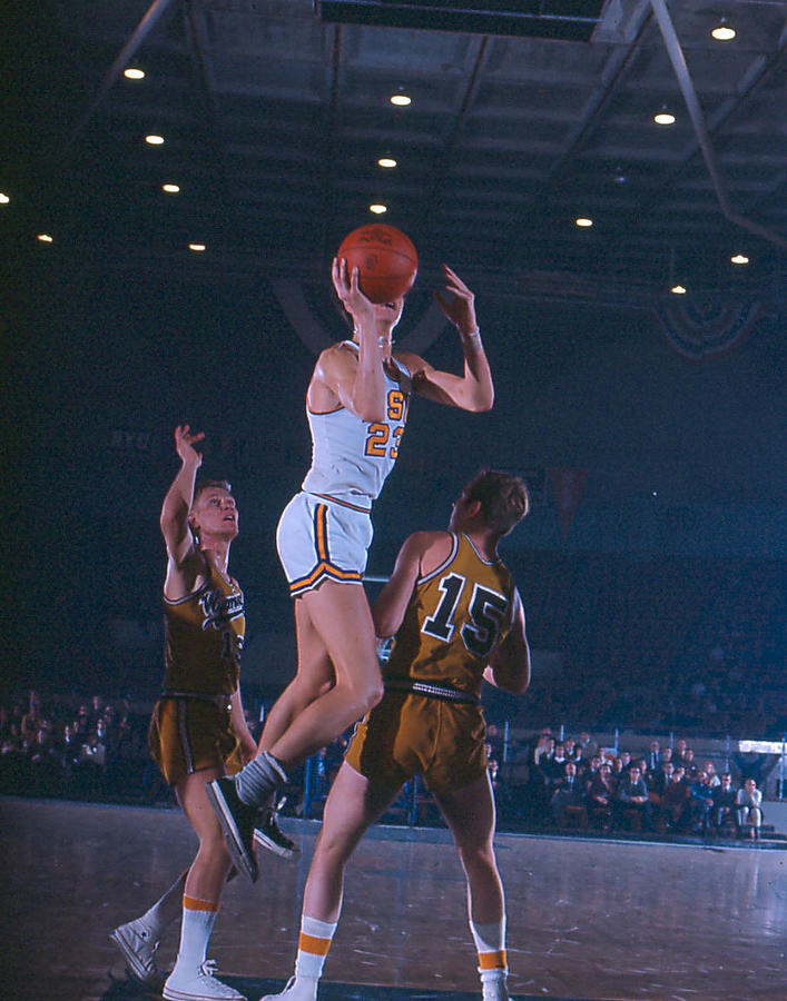 Classic Photograph - Pete Maravich Floater by Retro Images Archive