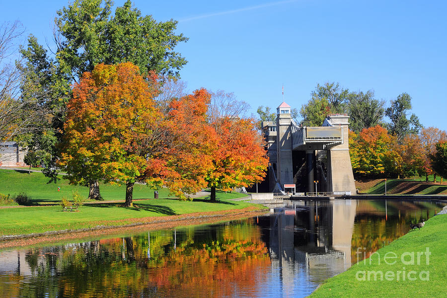 Peterborough Photograph - Peterborough Lift Lock by Charline Xia