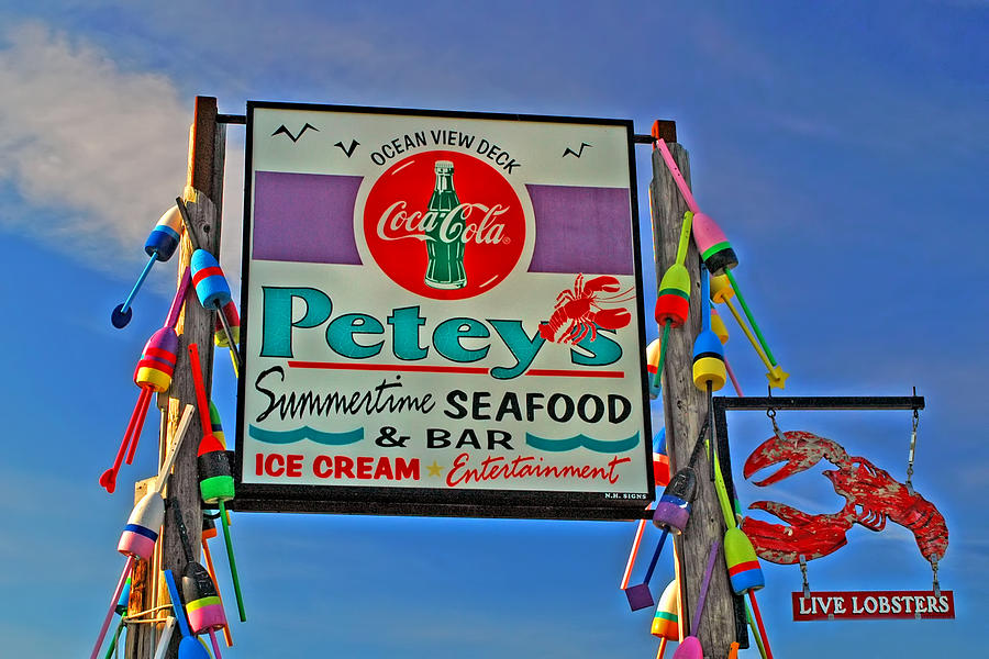Peteys Seafood Photograph
