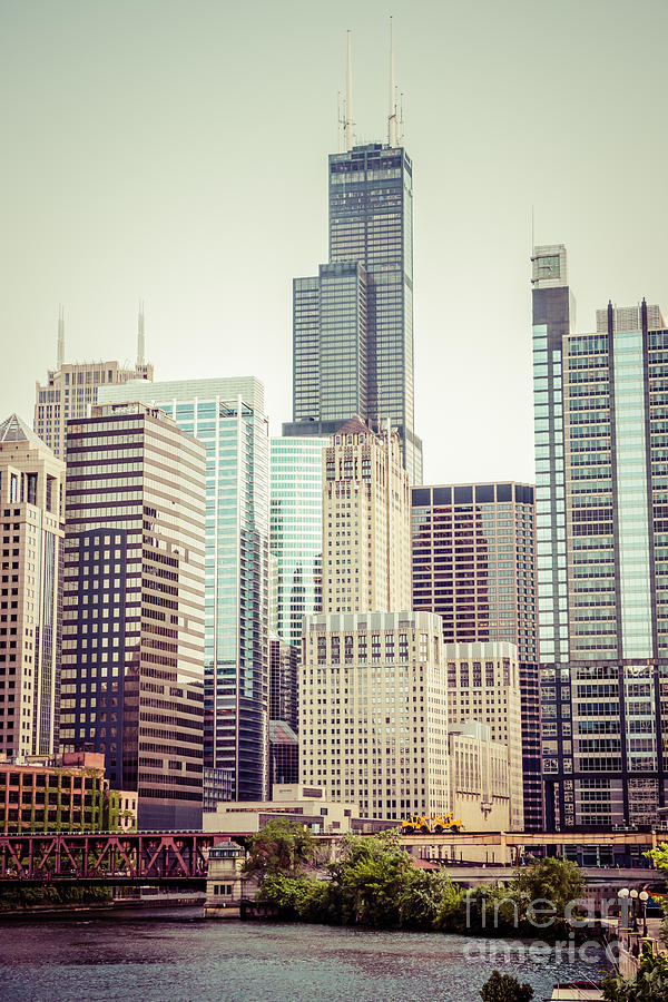 Picture Of Vintage Chicago With Sears Willis Tower Photograph  - Picture Of Vintage Chicago With Sears Willis Tower Fine Art Print