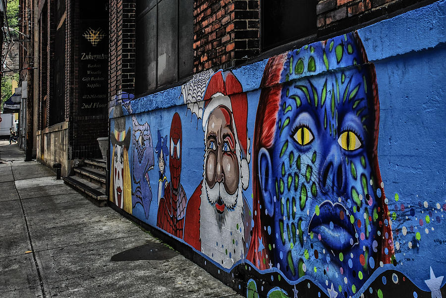 Mural Photograph - Pittsburgh Mural by Anthony Citro