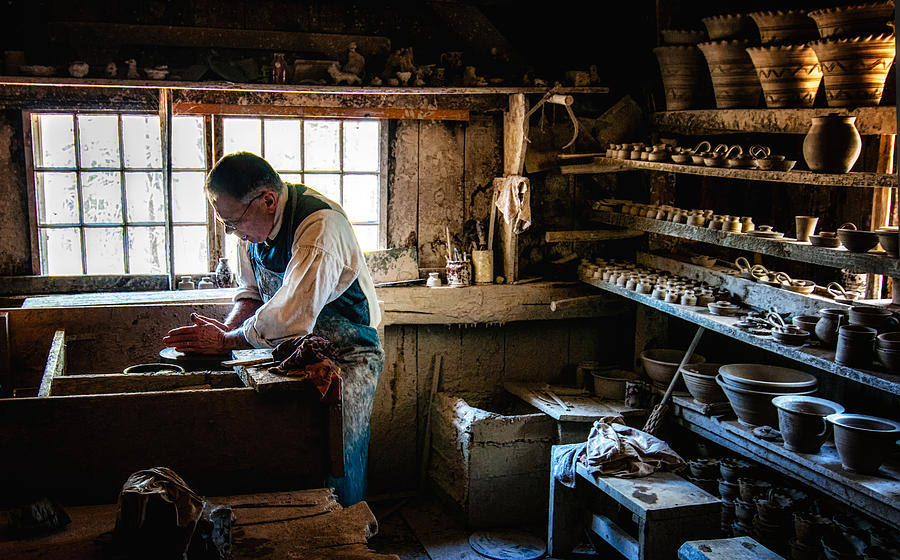 Sturbridge Village Photograph - Potters Shed by Scott Thorp