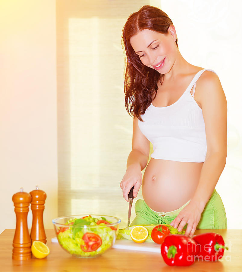 Pregnant Cooking 17