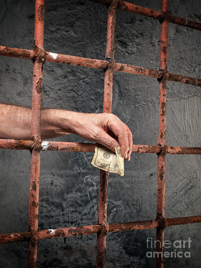 employee corruption in prisons Prisons are dangerous institutions, and prison corruption, although rela- tively invisible to the public, can, in the long term, cause much more social damage.