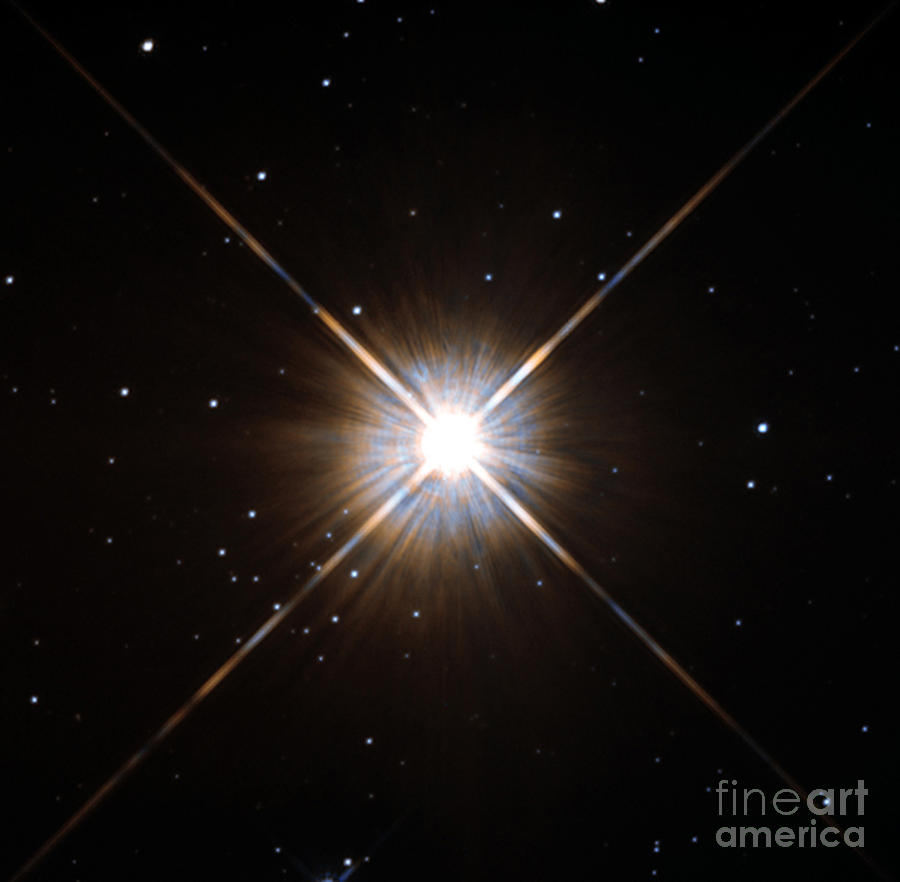 Proxima Centauri Photograph - Proxima Centauri by Science Source