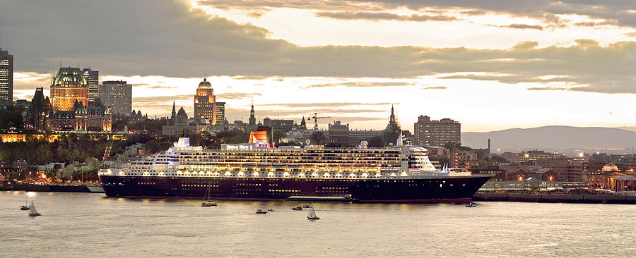Queen Mary II Cruise Ship, Chateau Photograph