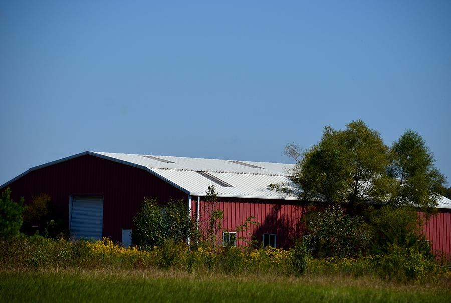 Red Metal Barn Photograph By Maria Urso