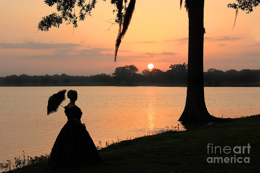 South Photograph - Reflecting Sunrise Belle by Leslie Kirk