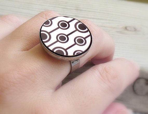 Black Ring Jewelry - Retro Dreams Ring by Rony Bank