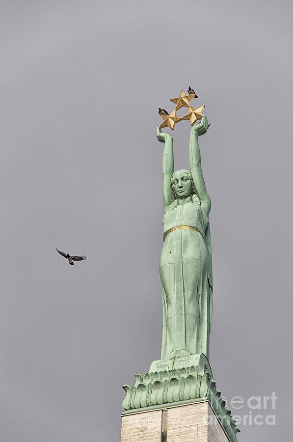 Riga Freedom Monument 03 Photograph
