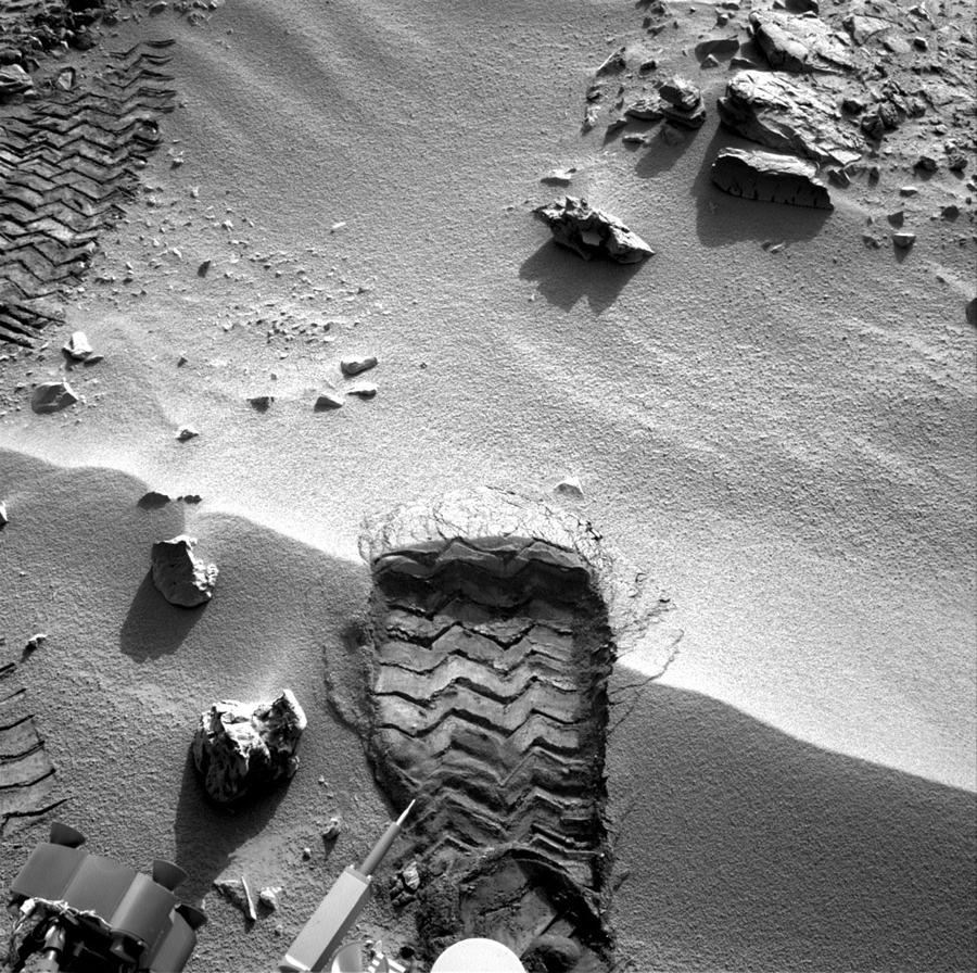 3 October Photograph - Rocknest Site, Mars, Curiosity Image by Science Photo Library