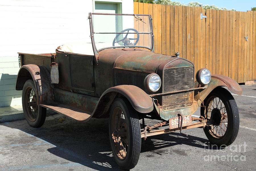 Rusty Old Ford Jalopy 5d24641 Photograph