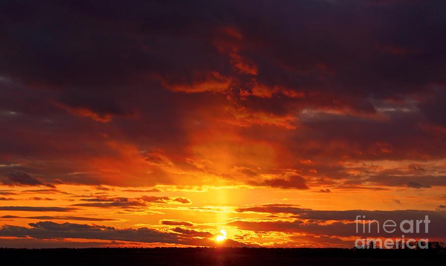 Sunset Photograph - Sailors Delight by Joe Geraci