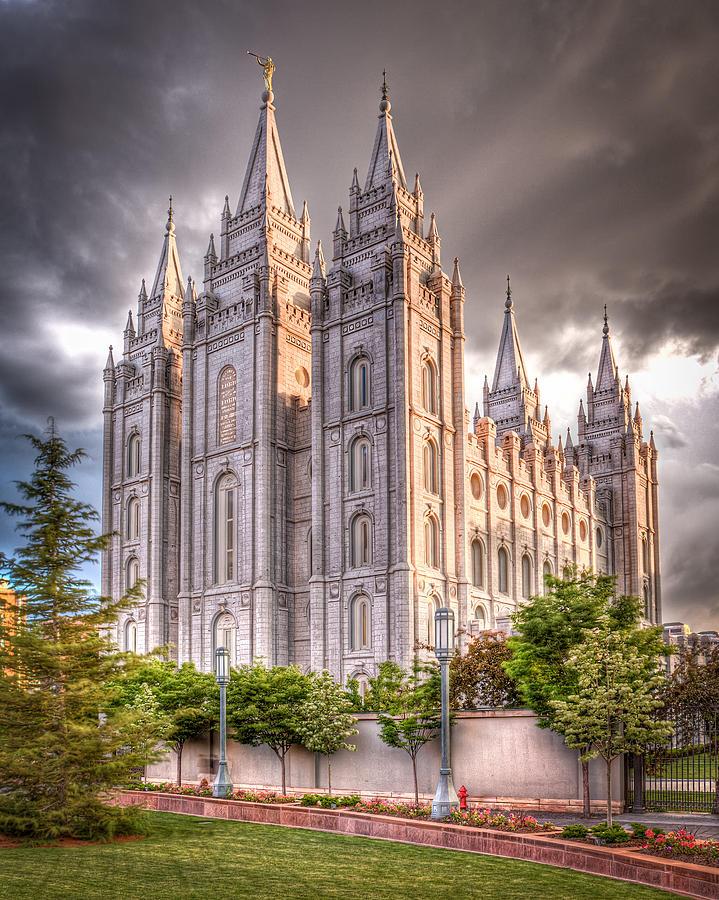 Temple Photograph - Salt Lake Temple by Niels Nielsen
