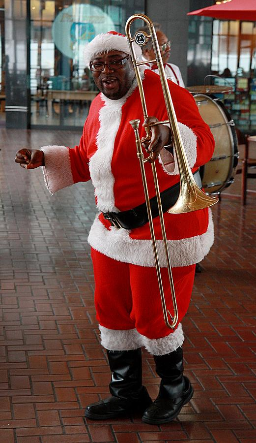 Santa Photograph - Santa New Orleans Style by Joe Kozlowski