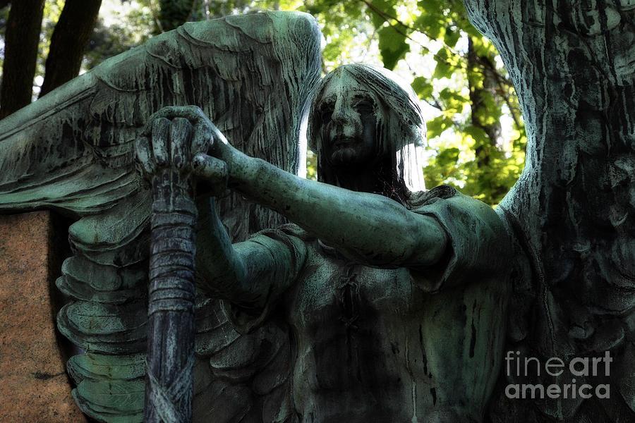 scary image of angel - photo #20
