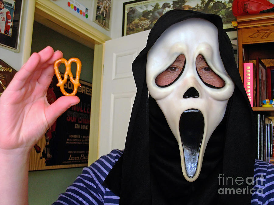 Scream And The Scream Pretzel Photograph