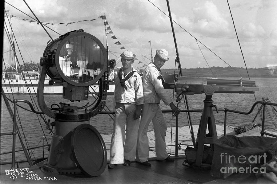 Gun U  S  Battleship Texas
