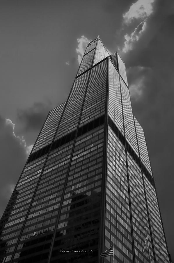 Sears Tower Photograph - Sears Willis Tower Black And White 01 by Thomas Woolworth