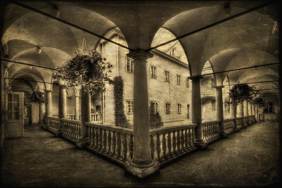 Arch Photograph - Set Me Free by Evelina Kremsdorf