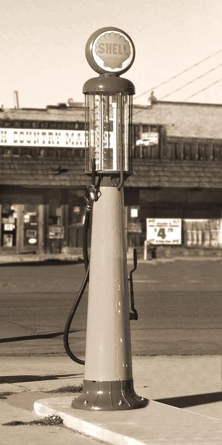 Shell Photograph - Shell Gas - Wayne Visible Gas Pump 2 by Mike McGlothlen