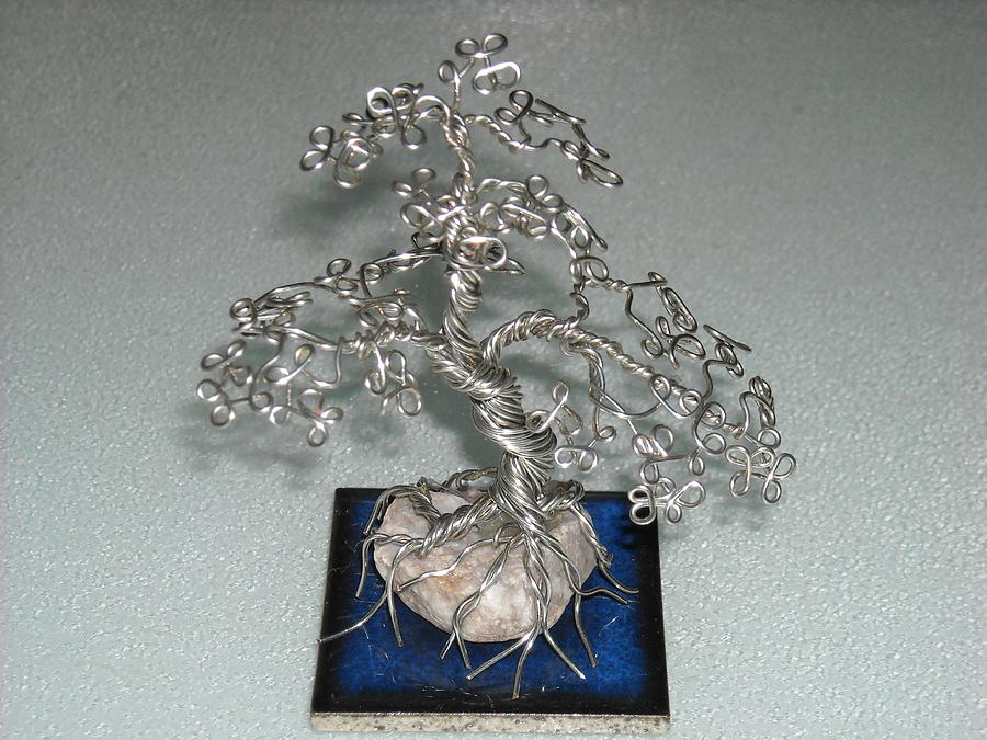 how to make a large wire tree sculpture