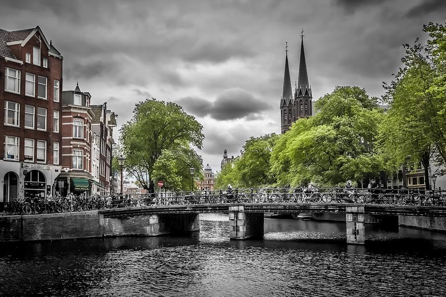 Amsterdam Photograph - Singel Amsterdam by Melanie Viola