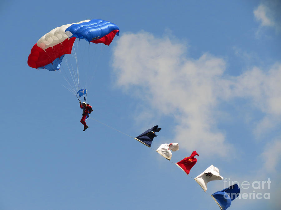Skydivers #02 Photograph