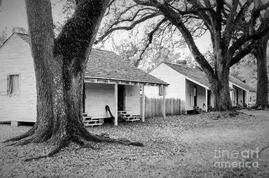 Slave Quarters Oak Alley Plantation Photograph by Kathleen ...