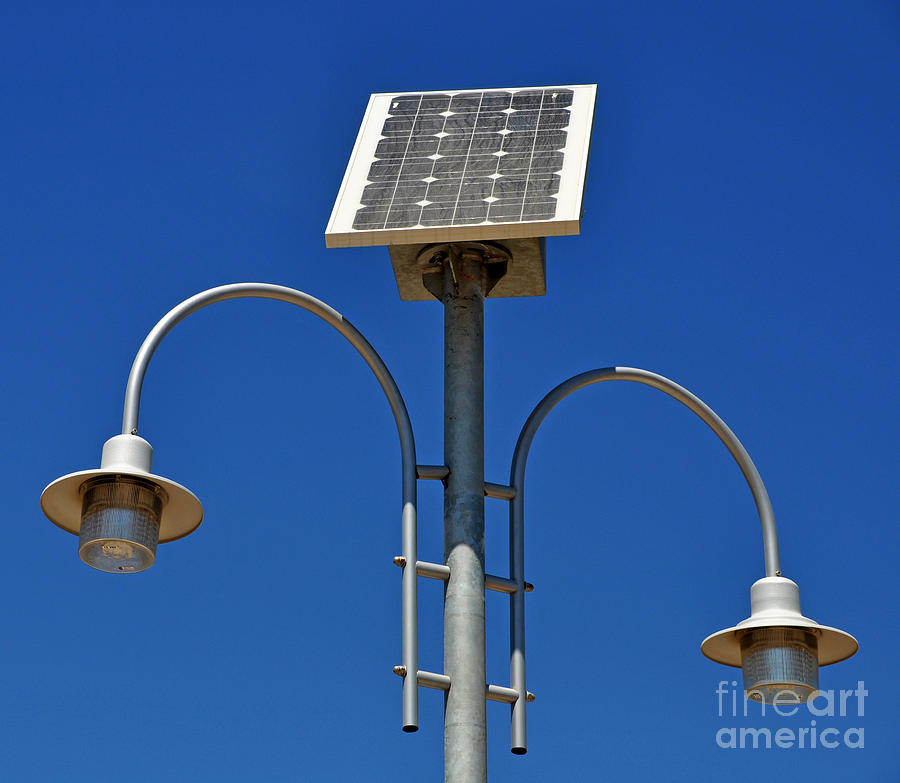 solar powered lamp post by luis alvarenga. Black Bedroom Furniture Sets. Home Design Ideas