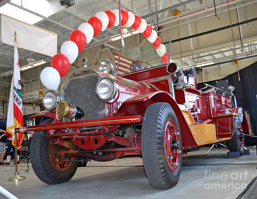 South San Franciscos Restored 1916 Seagrave Fire Engine II Photograph