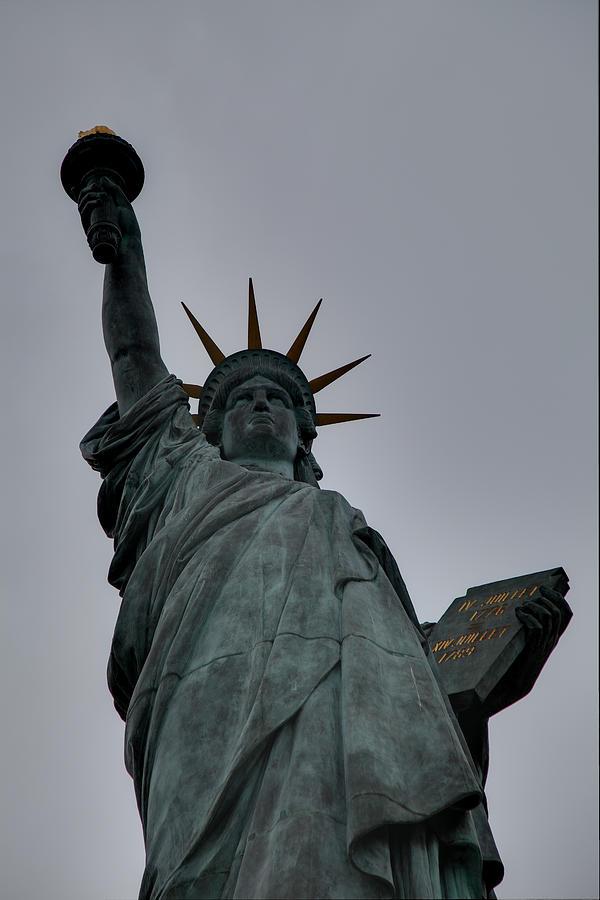Statue Of Liberty - Paris France - 01132 Photograph